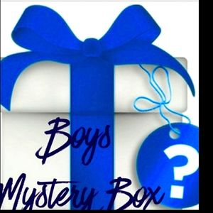 Boys mystery box📦 about 12 characters&designers